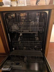dishwasher for zero waste events